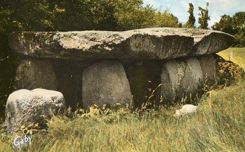 Dolmen de la Frébouchère près de Jard-sur-Mer (Vendée)