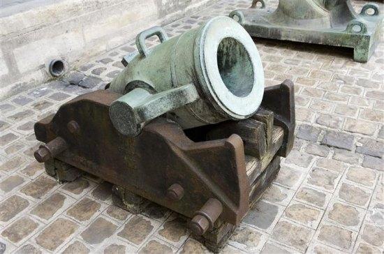 Canon du xve si cle pr curseur du mortier histoire - Piscine du mortier ...