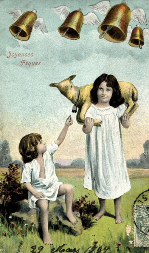 Mystère des cloches de Pâques partant pour Rome et objets volants moyenâgeux
